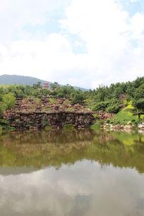 民族广场的人造湖