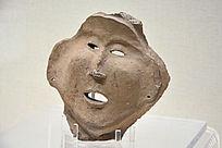 齐家文化红陶人面像