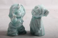 工艺品陶瓷两个孩子摆件