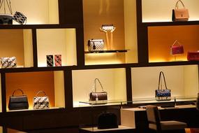 奢侈品展柜设计