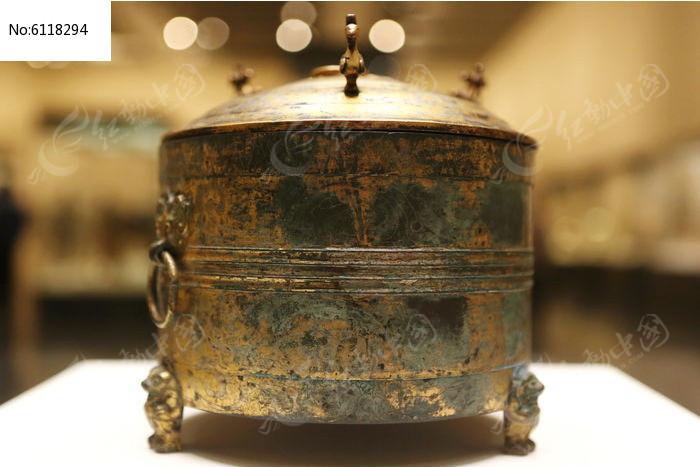 西汉时期鎏金鸟兽纹青铜尊