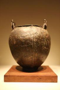 西汉时期青铜鍑