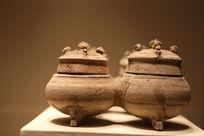 西汉时期四联陶罐