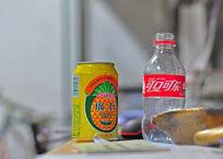 饮料瓶摄影