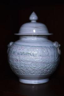 花纹胶釉带盖罐