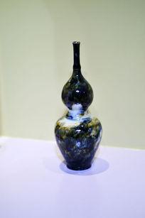 瘦体葫芦形胶釉瓶