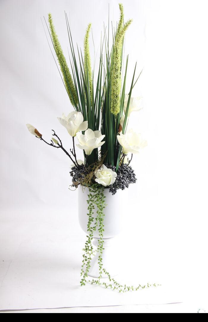 原创摄影图 动物植物 花卉花草 桌面陶瓷绿植插花艺术摆件