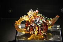茶壶形状的艺术品