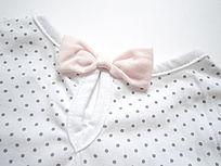 儿童服装领结特写