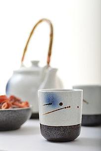 手绘泼墨陶瓷茶杯