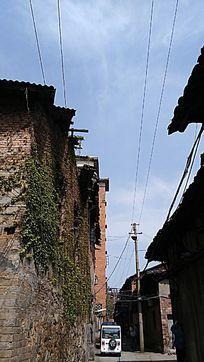 乡村街景图