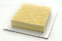 正方形椰蓉慕斯蛋糕