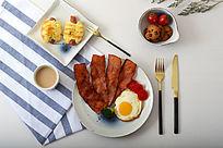 丰盛美味的早餐