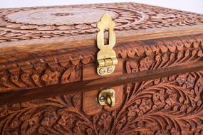 复古雕刻盒子锁扣