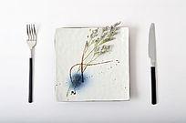 简洁素雅手绘陶瓷方盘