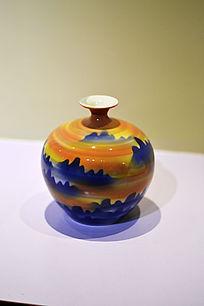 群山夕阳胶釉瓶