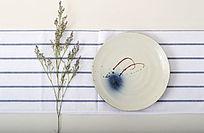 素雅清新手绘陶瓷盘