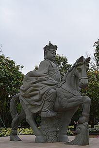 唐僧骑马雕像
