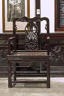 仿古红木雕花椅子