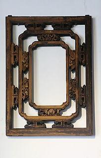 古典中式雕花窗户