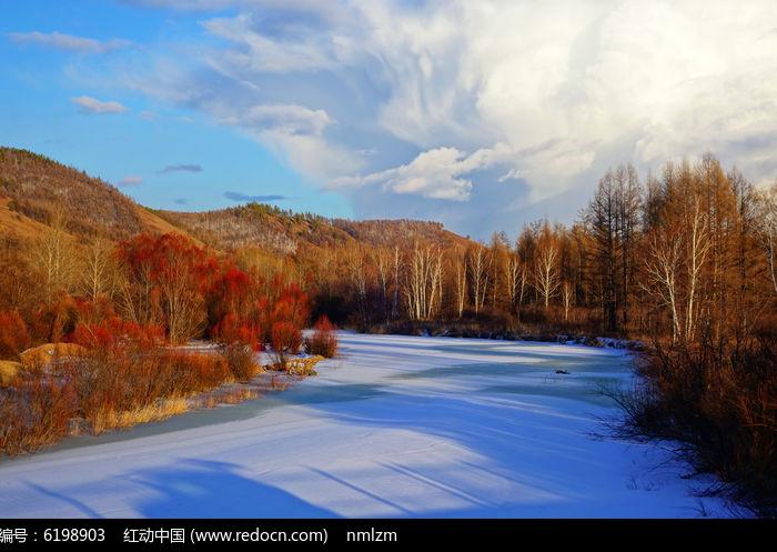 原创摄影图 自然风景 森林树林 冰河红柳  请您分享: 红动网提供森林