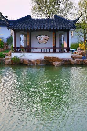 苏州园林的圆形门高清图片下载_红动网