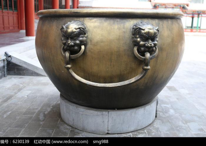 古代消防水铜缸