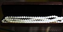 首饰盒装砗磲项链