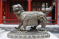 铜雕狮子雕像