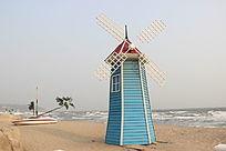 海边的荷兰风车