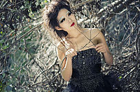 黑色婚纱写真