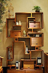 中式儒雅风格的木质书柜