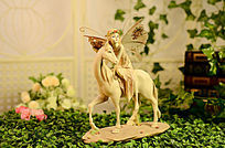 骑马的天使小摆件