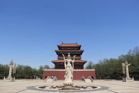 仙女雕像和阁楼