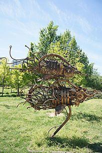 零件昆虫雕塑