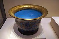 清代铜胎画珐琅蝠莲纹花盆