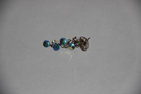 蓝宝石耳坠