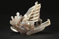 清中期玛瑙巧雕一帆风顺摆件