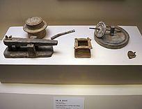唐(公元618-907年)陶磨、碾、碓和井栏