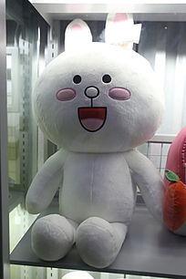 白色卡通兔子毛绒玩具