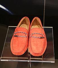 红色男士皮鞋
