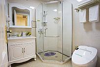 酒店洗手间装饰摄影图
