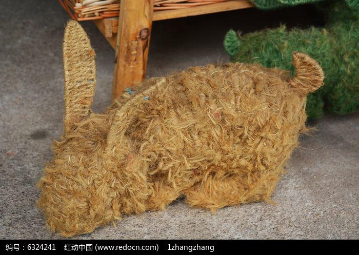 手工编织兔子图片