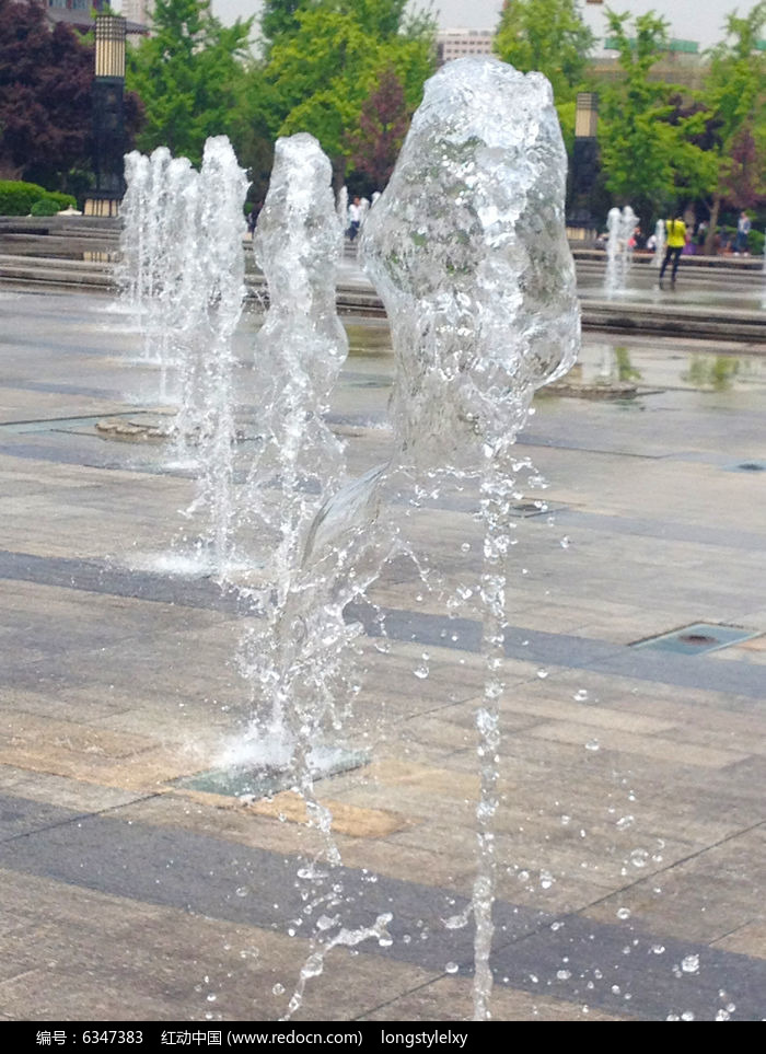 喷泉简笔画 步骤
