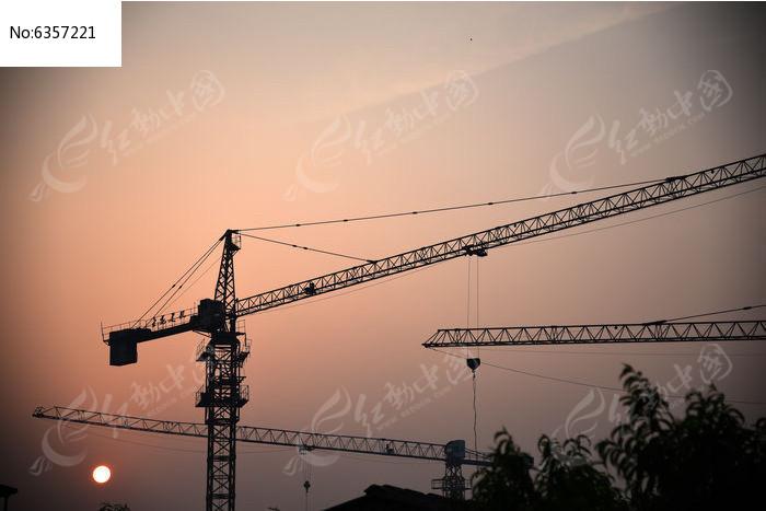 塔吊图片,高清大图_建筑工地素材
