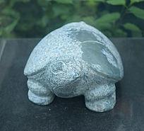 乌龟简化雕塑