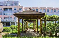 鞍山市第三十中学花园校园长廓角亭