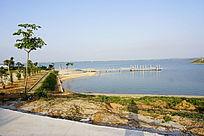 河提湖泊风景
