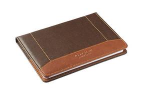 皮革包装的笔记本