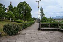 赣州滨江公园的栈桥